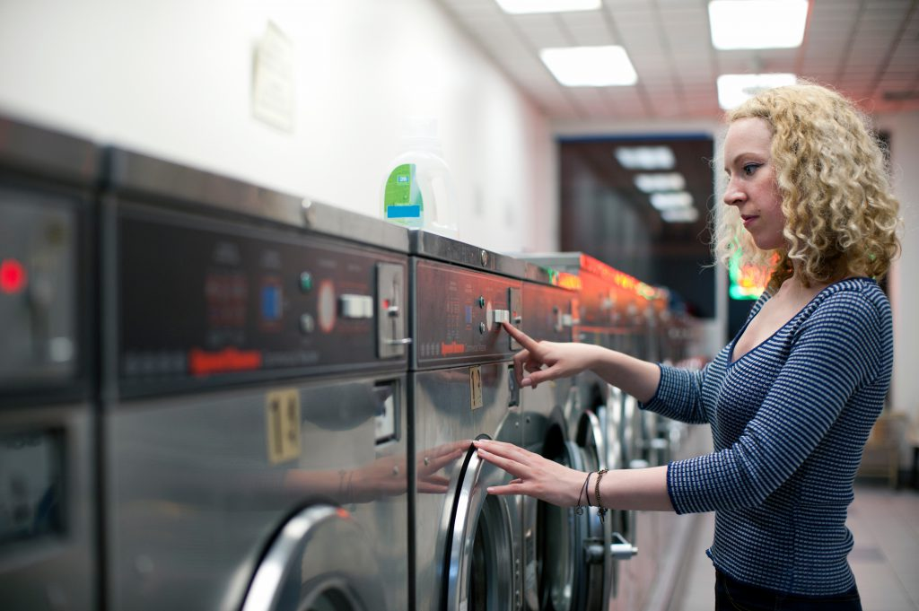 Things To Avoid Doing In A Coined Laundromat Place